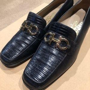 SALVATORE FERRAGAMO Blue Loafers 9.5
